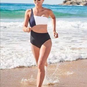 New Athleta Colorblock One piece Swim suit Sz L
